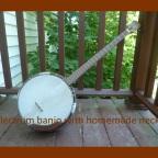 Banjobio: A Plectrum Banjo
